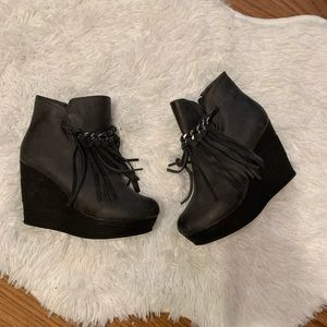 Black sbicca booties